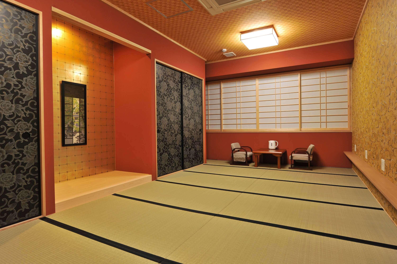 Room type rates khaosan world tennoji khaosan group for Japanese shower room